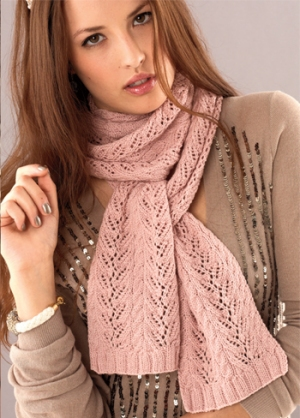 Debbie Bliss Rialto 4 Ply Vine Lace Scarf Kit - Scarf and Shawls