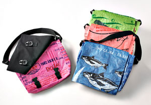 Lantern Moon Fish Messenger Bag - Pink