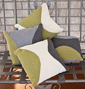 Tahki Stacy Charles Coast Pillows Kit - Home Accessories