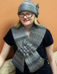 Universal Yarns Gatsby Gal Cloche, Cowl, & Scarf Set Kit - Hats and Gloves
