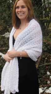 Rozetti Soft Payette Feather and Fan Shawl Kit - Scarf and Shawls