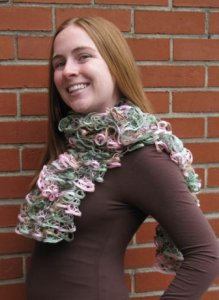 Rozetti Marina Cakewalk Scarf Kit - Scarf and Shawls