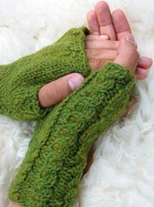 Misti Alpaca Cabled Mitts Kit - Hats and Gloves