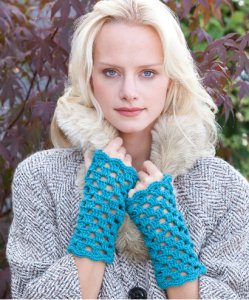 Stitch Nation Washable Ewe Parisian Mitts Kit - Crochet for Adults
