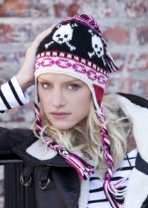 Stitch Nation Washable Ewe Ski Skulls Hat Kit - Hats and Gloves