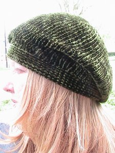 Muench Yarn Patterns - Touch Me Slouchy Beret Pattern
