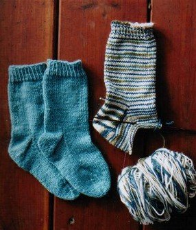Knitting Pure and Simple Sock Patterns - 245 - Easy Children's Light Weight Socks Pattern