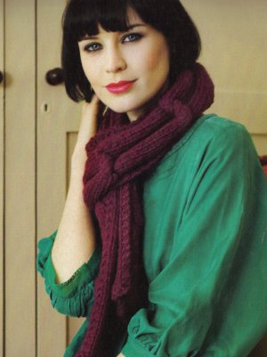 Debbie Bliss Paloma Big Knot Scarf Kit - Scarf and Shawls