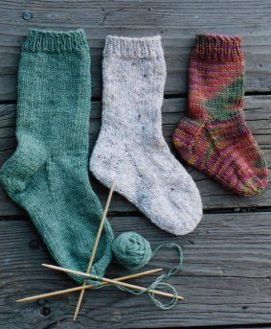 Simple Sock Knitting Patterns Beginner : Knitting Pure and Simple Sock Patterns - 203 - Easy Childrens Socks Patt...