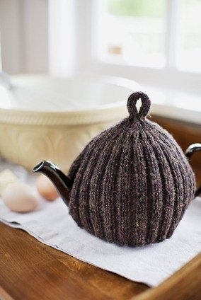 Churchmouse at Home Patterns - Ribbed & Ruffled Tea Cozies Pattern