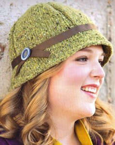 Berroco Blackstone Tweed Lea Cloche Kit - Hats and Gloves