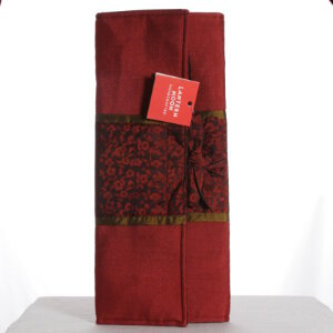 Lantern Moon Silk Combo Needle Case - Dark Red/Gold