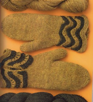 Cascade 220 Sport Wave-Cuff Mittens Kit - Hats and Gloves