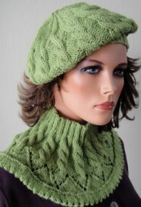 Crystal Palace Merino 5 Chevron & Cable Slouchy Hat Kit - Women's Accessories