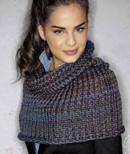 Lana Grossa Everybody Cowl Kit - Scarf and Shawls