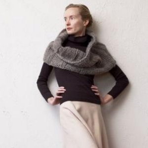 Imperial Yarn Patterns - Sumptuous Cowl Pattern