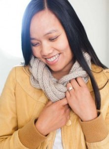 Be Sweet Whipped Cream Entwined Cowl Kit - Women's Accessories