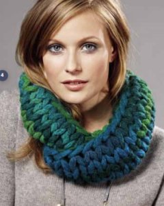 Lana Grossa Big & Easy Colore Cowl Kit - Scarf and Shawls