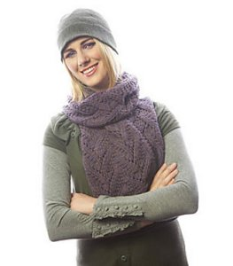 Cascade 128 Superwash Solstice Scarf Kit - Scarf and Shawls