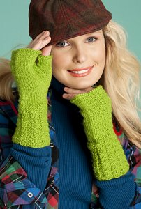 Brown Sheep Lamb's Pride Worsted Fingerless Mitts Kit - Hats and Gloves