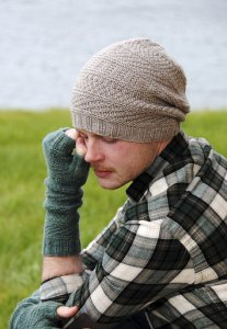 Swans Island Worsted Dustland Hat Kit - Hats and Gloves