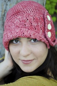 Madelinetosh Tosh Vintage Maid Marian Hat Kit - Crochet for Adults
