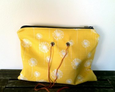 Top Shelf Totes Yarn Pop - Double - Yellow Dandelion (Discontinued)