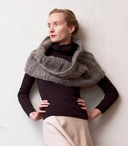 Imperial Yarn Bulky 2-Strand Sumptuous Cowl Kit - Scarf and Shawls