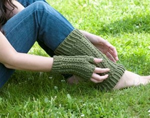 Cascade Greenland Fingerless Gloves & Leg Warmers Kit - Hats and Gloves