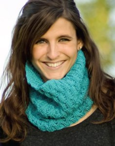 Cascade Greenland 3-D Cowl Kit - Scarf and Shawls
