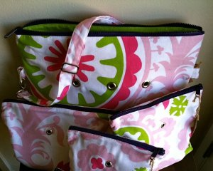 Top Shelf Totes Yarn Pop - Double - Green & Pink Swirl