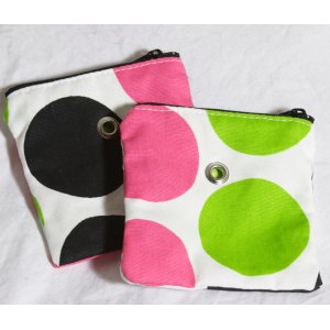 Top Shelf Totes Yarn Pop - Mini - Black & Pink Dots