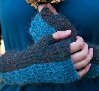 Berroco Cirrus Samber Fingerless Gloves Kit - Women's Accessories