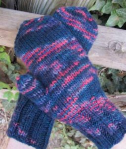Manos del Uruguay Maxima Handful of Berries Mittens Kit - Hats and Gloves