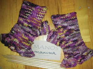 Manos del Uruguay Maxima Ruffled Mitts Kit - Hats and Gloves