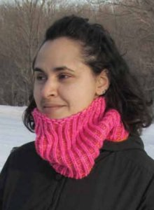 Manos del Uruguay Maxima Electric Reversible Shaker Cowl Kit - Scarf and Shawls