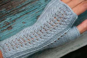 Nelkin Designs Patterns - Mica Mitts Pattern