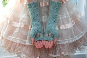 Rowan Pure Wool & Kidsilk Haze Catching Butterflies Mitts Kit - Hats and Gloves