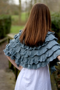 Fyberspates Scrumptious Lace Burdrop Cape Kit - Scarf and Shawls