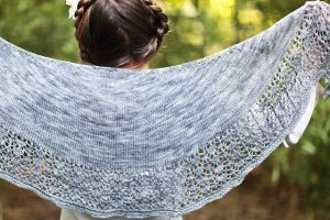 Baah Yarn Patterns - Crocus Shawlette Pattern