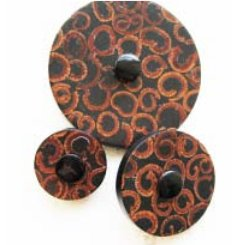 Jul Natural Pedestal Buttons - Cinnamon Slice - Large 2""