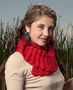 Debbie Macomber Cashmere Fleur De Lys Ruffles Scarf Kit - Crochet for Adults