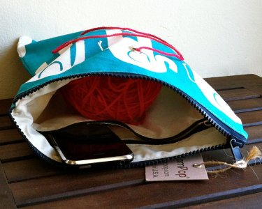 Top Shelf Totes Yarn Pop - Gadgety - Turquoise Elephants