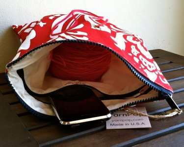 Top Shelf Totes Yarn Pop - Gadgety - Lipstick Fleur