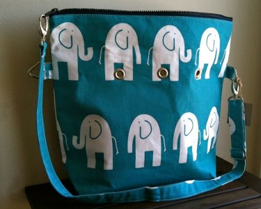 Top Shelf Totes Yarn Pop - Totable - Turquoise Elephants