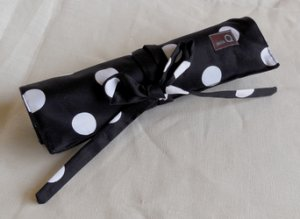 della Q Double Point Roll (Style 158-1) - 096 Black White Polka Dot