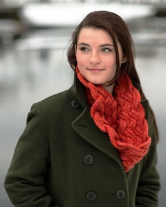 Swans Island Patterns - Entwined Cowl Pattern