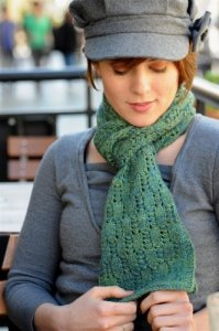 Grace Akhrem Patterns - Staggered Ladders Scarf Pattern