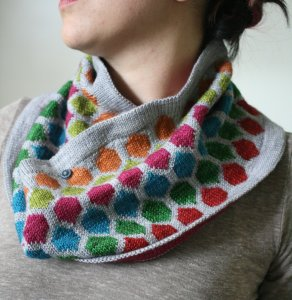 Miriam Felton Patterns - Chromaticity Cowl Pattern