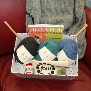 Jimmy Beans Wool Learn How to Knit Baskets - Deluxe Learn to Knit Basket